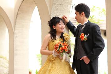 婚礼写真フォトウエディング群馬伊勢崎写真館tカラードレス外ロケーション