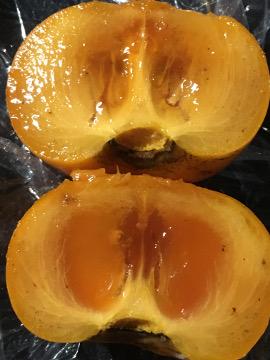トネ柿をヨーグルトに2