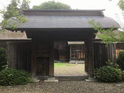 代官所の現存門(正面)