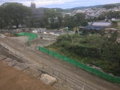 大手門への登城道途中の石垣修復光景