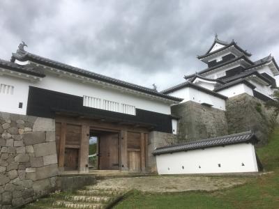 大手門と三階櫓