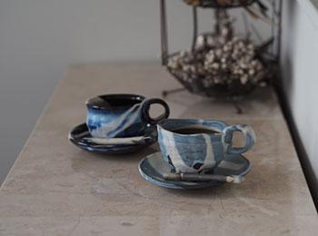 後藤_カフェのコーヒーカップ