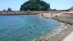 綺麗な海とダイバー