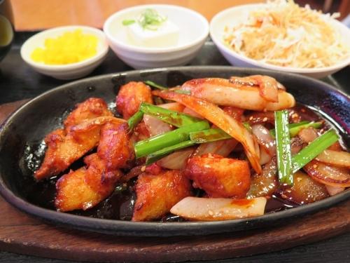 鶏のコチュジャン炒め