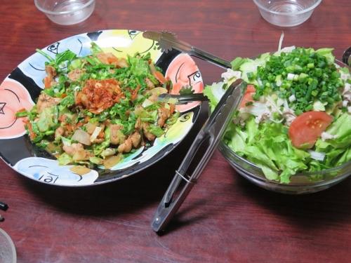 味付けとりの野菜炒め、冷しゃぶサラダ