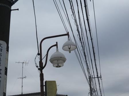 座間 街灯