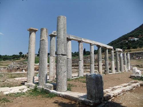 古代メッシーニ_食肉市場の柱廊 (1)