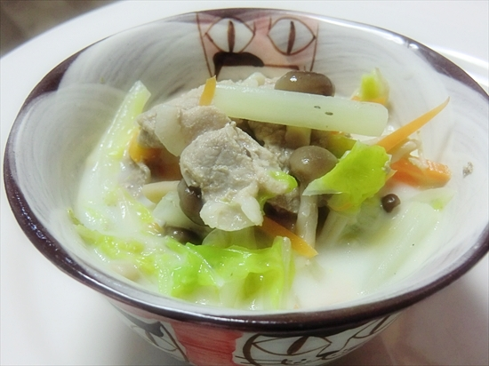 豚肉と白菜のミルクスープ♪