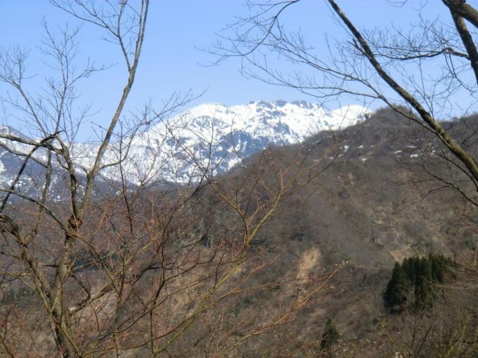 山頂部から八海山