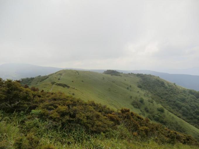 第二峰からの稜線