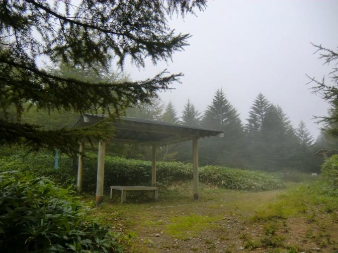 霧の角間峠