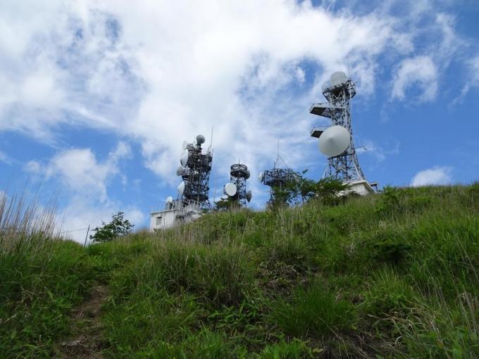 南端の鉄塔群