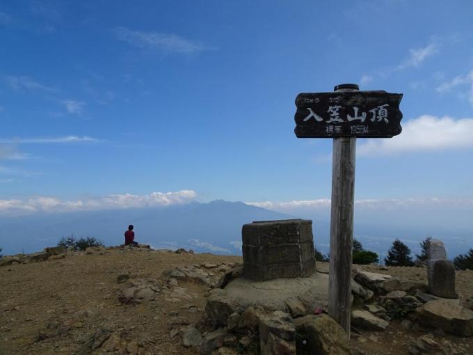 山頂から南八ヶ岳