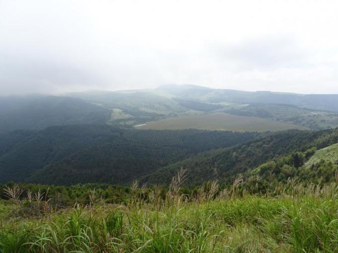 第二峰から八島湿原