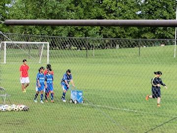 サッカーライン引き