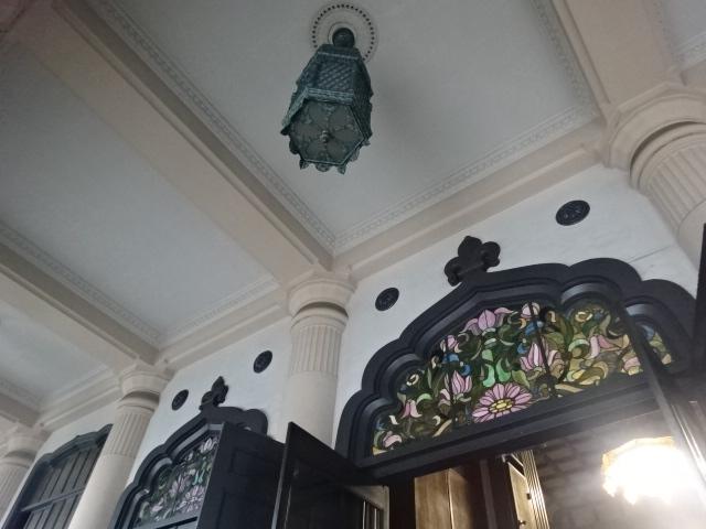 築地本願寺 拝殿ステンドグラス