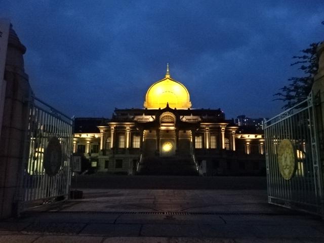 築地本願寺 夜