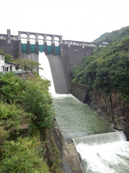 DSCN1035丹生川ダム