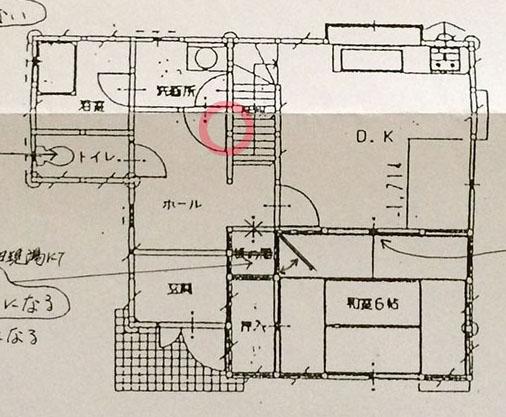 奈良の家_一階_階段収納の場所