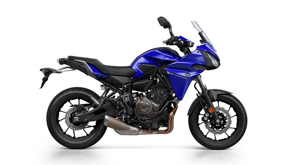 2016-Yamaha-MT07TR-EU-Yamaha-Blue-Studio-002.jpg