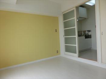 トモエ302室内1_R