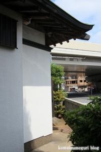 稲荷神社(川口市東領家)9