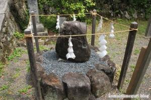 玉列(たまつら)神社(桜井市慈恩寺)10