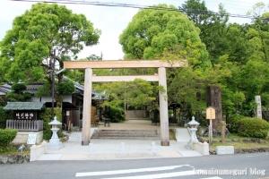 等彌(とみ)神社(桜井市桜井)1