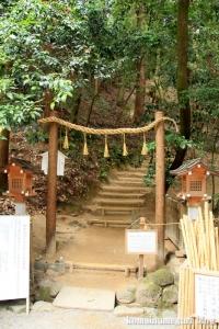 大神(おおみわ)神社(桜井市三輪)51