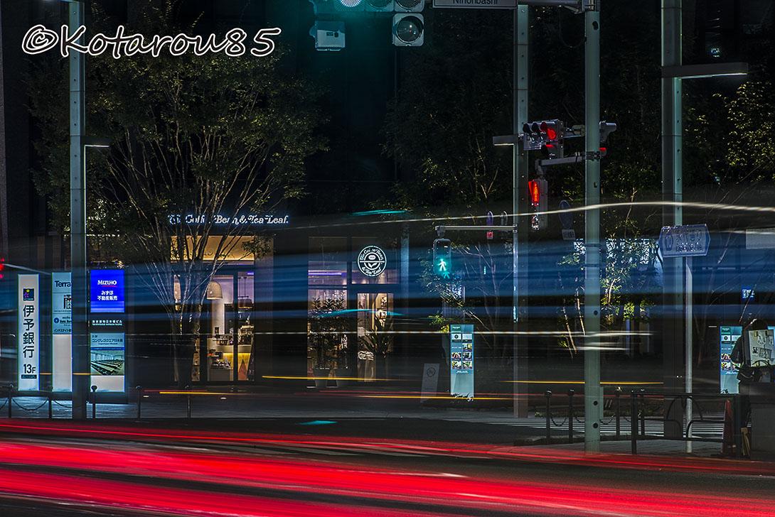 深夜の日本橋交差点 20161102
