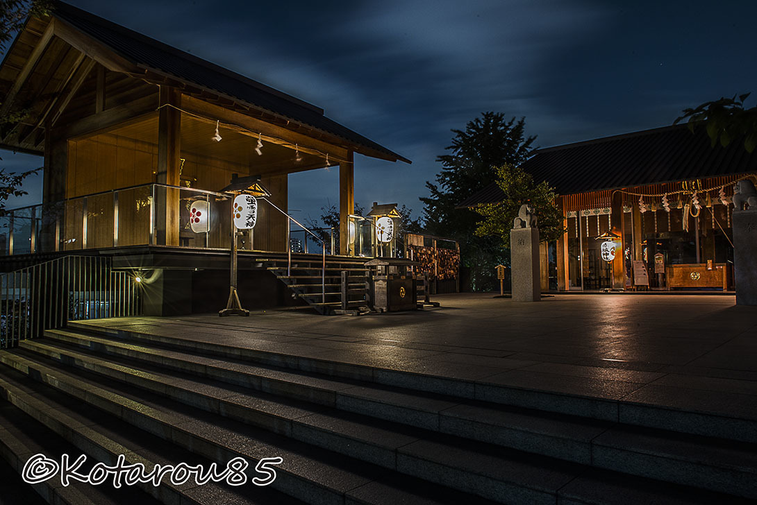深夜の赤城神社2 20161107