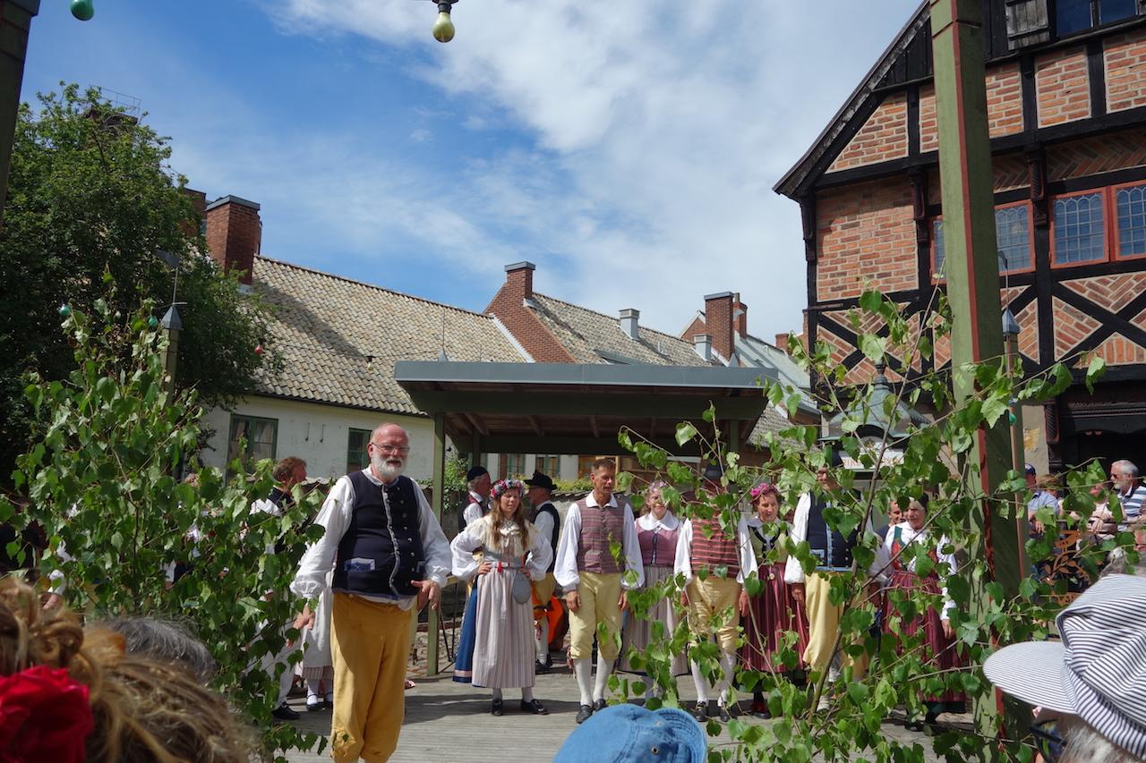 スウェーデンの夏至祭