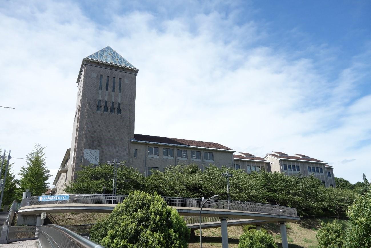 首都大学東京(夏)