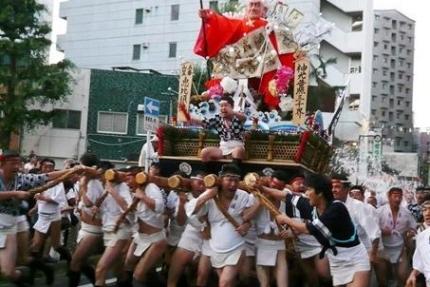 博多祇園山笠追い山