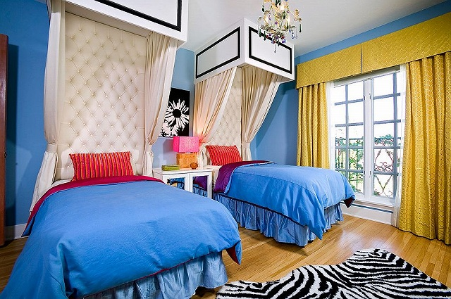 Bold-kids-room-design-with-plenty-of-color-and-pattern_201610301616194c4.jpg