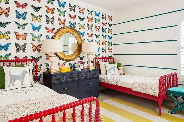 Butterfly-wallpaper-from-J-J-Design-Group.jpg