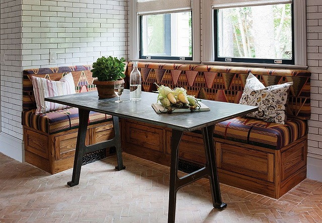Handcrafted-reclaimed-chestnut-bench-for-the-rustic-banquette_20160913063046359.jpg