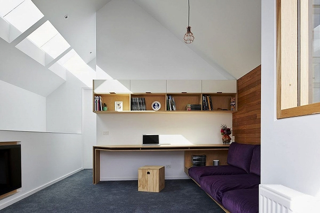 Home-office-in-white-with-skylights.jpg