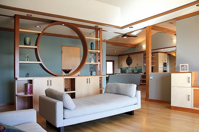 Imaginative-room-divider-elevates-the-style-quotient-of-the-living-room.jpg