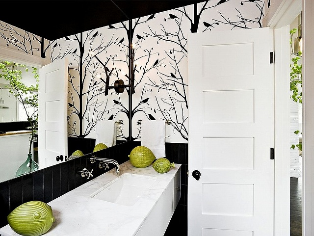 Midcentury-style-powder-room-with-black-and-white-color-scheme.jpg