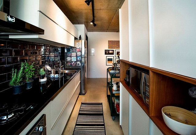 Narrow-modern-kitchen-design-for-the-small-apartment.jpg