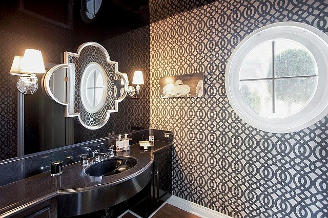 Pompadour-Wallpapers-Du-Barry-From-Osborne-and-Little-for-the-contemporary-powder-room.jpg