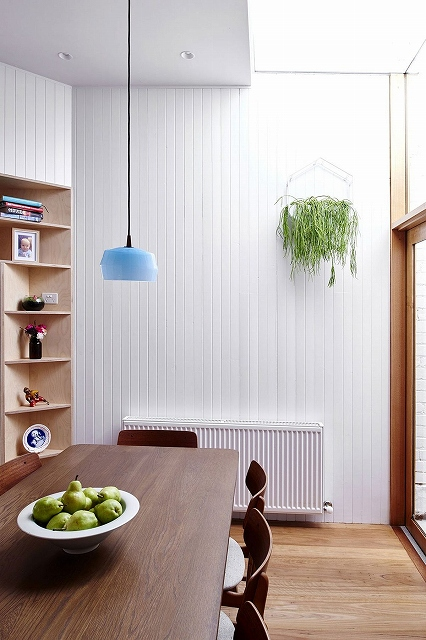 Sky-light-brings-natural-light-into-the-dining-area.jpg