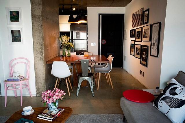 Small-dining-room-with-Tom-Dixon-pendants.jpg