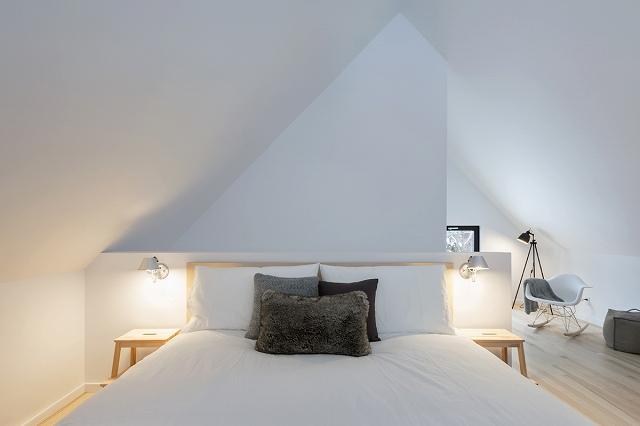 contemporary-wood-villa-13.jpg