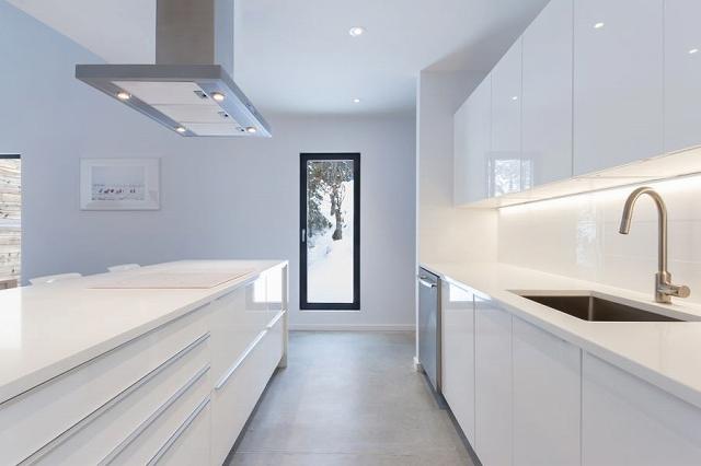 contemporary-wood-villa-7.jpg