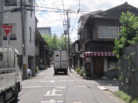 403-5.jpg