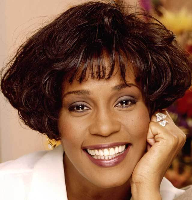 whitney-houston-03.jpg
