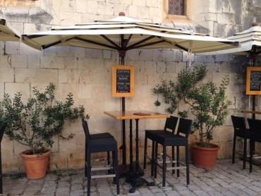 cafe_trogir2.jpg