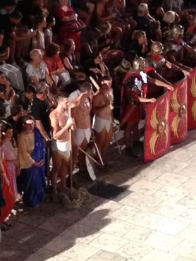 gladiatorfights2.jpg
